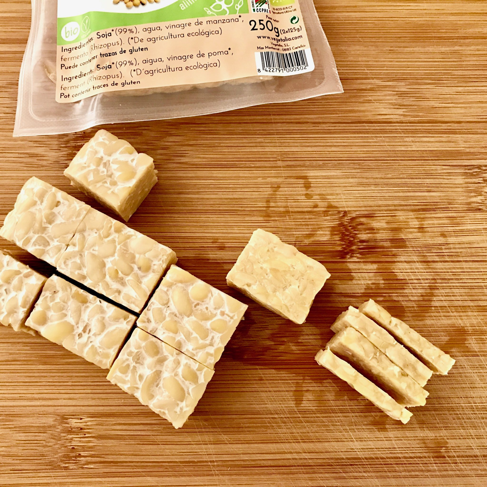 cut the tempeh into small thin piece